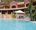 Cruccuris Resort